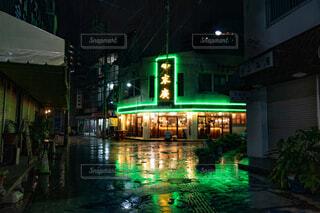 夜景,雨,屋外,ネオン,沖縄,都会,那覇,国際通り,建築,ブレードランナー,ナイトホークス