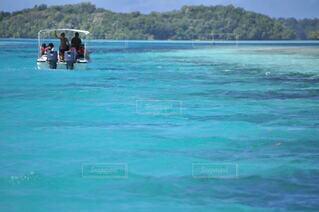 海,空,夏,屋外,湖,ビーチ,ボート,青,水面,泳ぐ,リゾート,車両,水上バイク