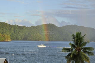 自然,風景,屋外,湖,雲,島,虹,水面,海岸,山,樹木