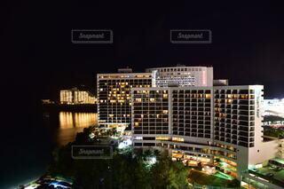 グアムのタモンの夜景の写真・画像素材[4045444]