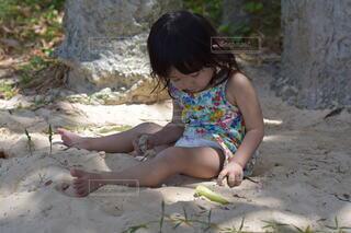 風景,屋外,ビーチ,少女,人,赤ちゃん,地面,幼児