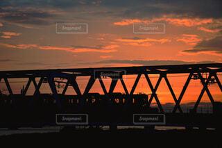 風景,建物,橋,太陽,電車,夕暮れ,川,景色