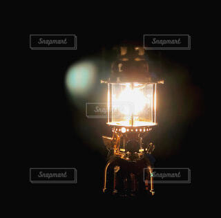 アウトドア,夜,屋外,電球,暗い,ランタン,ランプ,照明,キャンプ,明るい,照明器具
