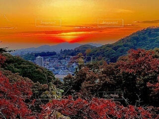 風景,空,屋外,夕暮れ,山,オレンジ