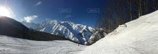自然,空,雪,屋外,雲,雪山,雪景色,山,丘,スキー,斜面,日中,覆う,冬の風物詩,一面の銀世界