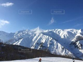 自然,空,冬,雪,屋外,雲,山,人物,スキー,運動,高原,斜面,ウィンタースポーツ,覆う