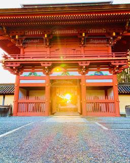 風景,空,建物,屋外,太陽,朝日,神社,光,日の出,オレンジ色