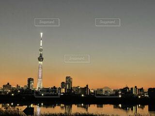 空,富士山,東京,夕暮れ,スカイツリー,荒川,コロナ禍