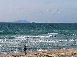 自然,海,空,屋外,サーフィン,ビーチ,砂浜,水面,海岸,人物,渚,日中,ウィンドサーフィン