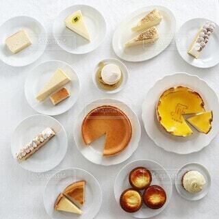チーズケーキ食べ比べの写真・画像素材[4184719]