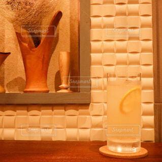 屋内,ジュース,花瓶,ボトル,ビール,カクテル,バー,ドリンク,BAR,ソフトド リンク,PR,養命酒,養命酒酒造