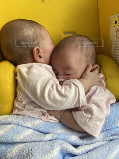 赤ちゃん,幼児,睡眠,双子