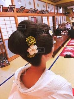 結婚式,花嫁,髪飾り,イベント,和服,お祝い,晴れ着,白無垢,和装,日本傘,日本髪,行事,和装ヘアスタイル,和装結婚