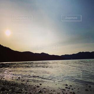 自然,風景,空,屋外,湖,太陽,ビーチ,雲,夕暮れ,水面,山