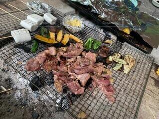 食べ物,グリル,たくさん,肉,料理,焼肉,バーベキュー,ステーキ,ファストフード,豚肉,シュラスコ,赤身肉,バーベキューグリル,動物性脂肪,屋外のグリル,混合グリル