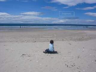 子ども,海,夏,ビーチ,雲,青空,砂浜,海岸