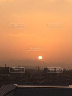 空,太陽,夕暮れ,朝焼け,正月,お正月,新年,初日の出,まん丸