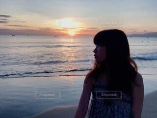 自然,風景,海,太陽,朝日,ビーチ,海岸,少女,正月,お正月,ベトナム,日の出,ダナン,新年,初日の出