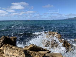 自然,海,空,屋外,雲,波,水面,海岸,岩,岬