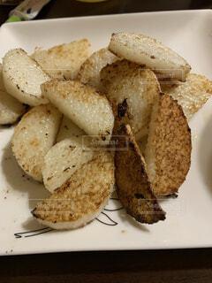 食べ物,屋内,パン,デザート,皿,料理,レシピ,ファストフード,山芋