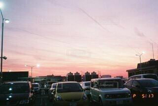 空,夕日,夜,屋外,夕焼け,車