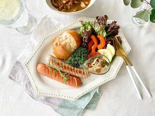 食べ物,ランチ,テーブル,野菜,食器,肉,料理,ブランチ,菓子,ファストフード,ワンプレートランチ,テーブルスタイリング,ジョンソンヴィル