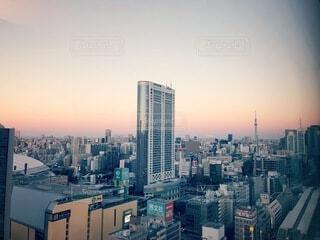 空,建物,夕日,屋外,雲,夕焼け,都市,都会,高層ビル,都内,スカイライン