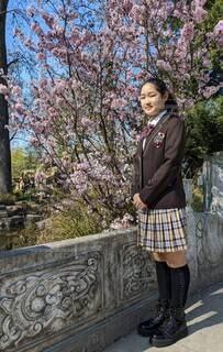 卒業生と桜の写真・画像素材[4295257]