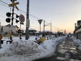 空,冬,街並み,雪,屋外,線路,夕方,外,町,地元