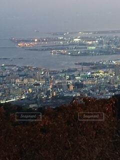 海,夜景,きれい,夕暮れ,ネオン,街,背景,都会,港,展望台,素材,大阪湾,六甲アイランド,撮影スポット,港街,人工島,埋め立て地