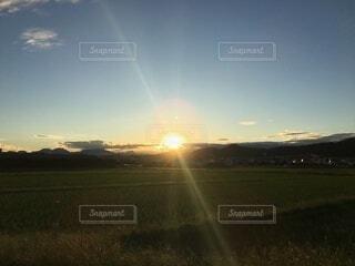 自然,空,夕日,太陽,夕暮れ,田舎,田んぼ,景観