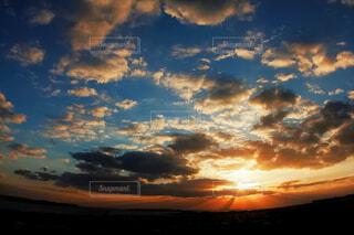 自然,風景,空,屋外,太陽,朝日,雲,正月,お正月,日の出,新年,初日の出,ご来光,残光