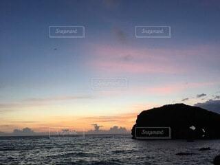 海,空,ビーチ,雲,夕暮れ,水面,海岸,沖縄,ナイトダイビング