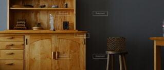 インテリア,カメラ,屋内,花瓶,アンティーク,棚,家具,引き出し,オブジェ,箪笥,キャビネット