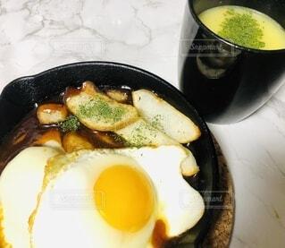 ハンバーグとコーンスープの写真・画像素材[4191983]