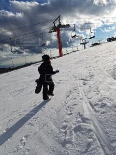 冬,雪,山,子供,スキー,運動,スノボ,スノーボード,斜面,ウィンタースポーツ
