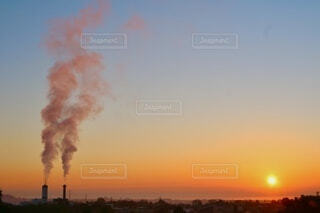 空,朝日,工場,正月,煙,お正月,日の出,新年,初日の出,過去