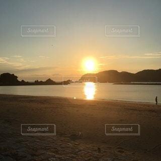 風景,海,空,屋外,太陽,朝日,雲,岩,日の出