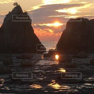 自然,海,屋外,太陽,朝日,雲,岩,日の出