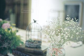 かすみ草と装飾の写真・画像素材[4231584]
