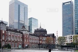 東京駅付近の風景の写真・画像素材[4097007]