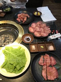 焼き肉店で女子会の写真・画像素材[4100888]