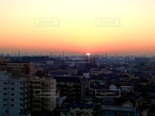 風景,空,建物,太陽,朝日,街,朝焼け,正月,屋上,朝,幸せ,お正月,日の出,友達,地元,グラデーション,新年,初日の出,祈願