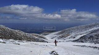 自然,空,冬,雪,屋外,青空,雪山,山,登山,丘,運動,ハイキング,斜面,ウィンタースポーツ,日中,安達太良山