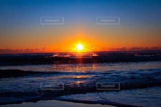 自然,風景,空,屋外,太陽,朝日,ビーチ,雲,水面,海岸,正月,お正月,日の出,新年,初日の出
