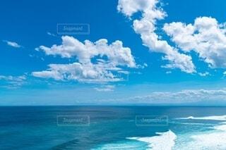海の隣にある水の体の写真・画像素材[4150241]