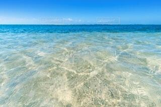 海の隣にある水の体の写真・画像素材[4150261]