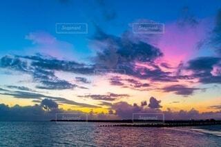 海と夕焼けの写真・画像素材[4150271]
