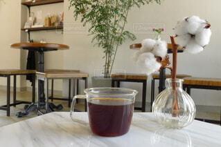 カフェ,コーヒー,屋内,花瓶,食器,グラス,カップ,ドリンク,綿花,コットンフラワー