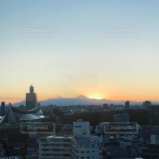 空,建物,夕日,富士山,屋外,雲,夕焼け,夕暮れ,タワー,都会,高層ビル,夕陽